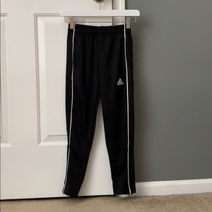 Adidas kids athletic pants with zip closure XS NWT
